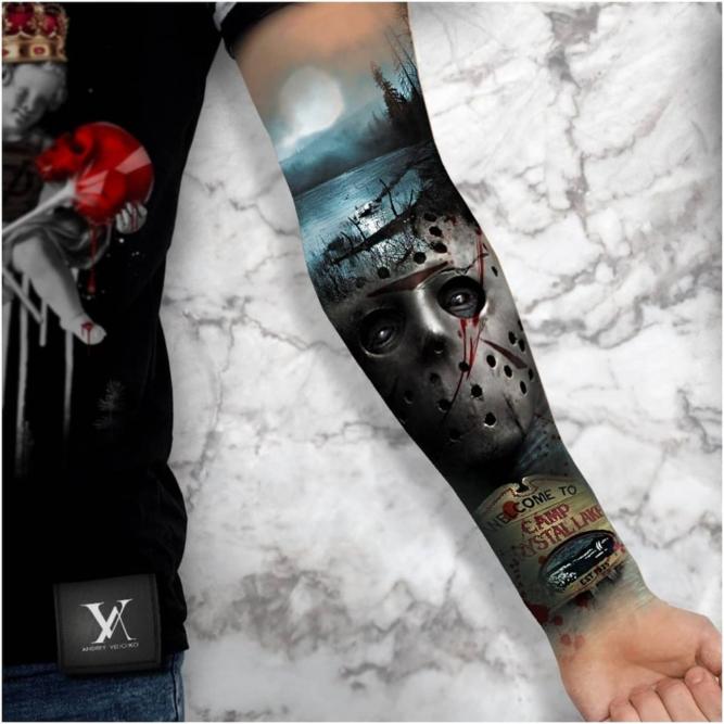 Nowy tatuaż a słońce – jak dbać o tatuaż latem